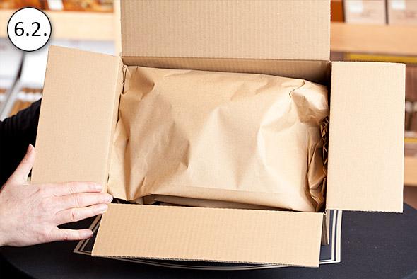 Umschlagen des Packpapiers