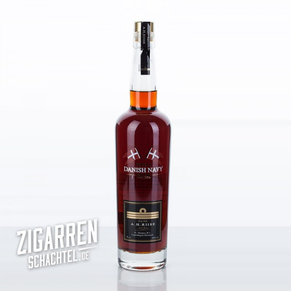 A.H.Riise Royal Danish Navy Rum 40%